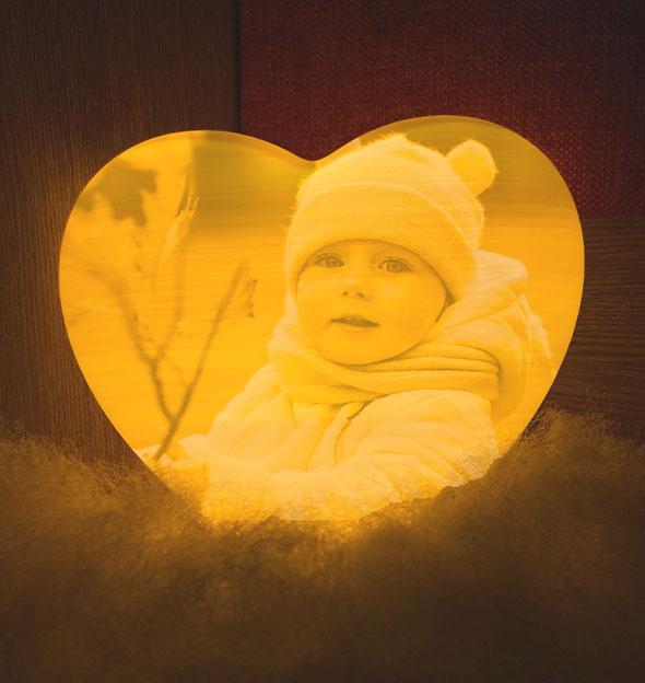 Heart-Shaped Moon Lamp